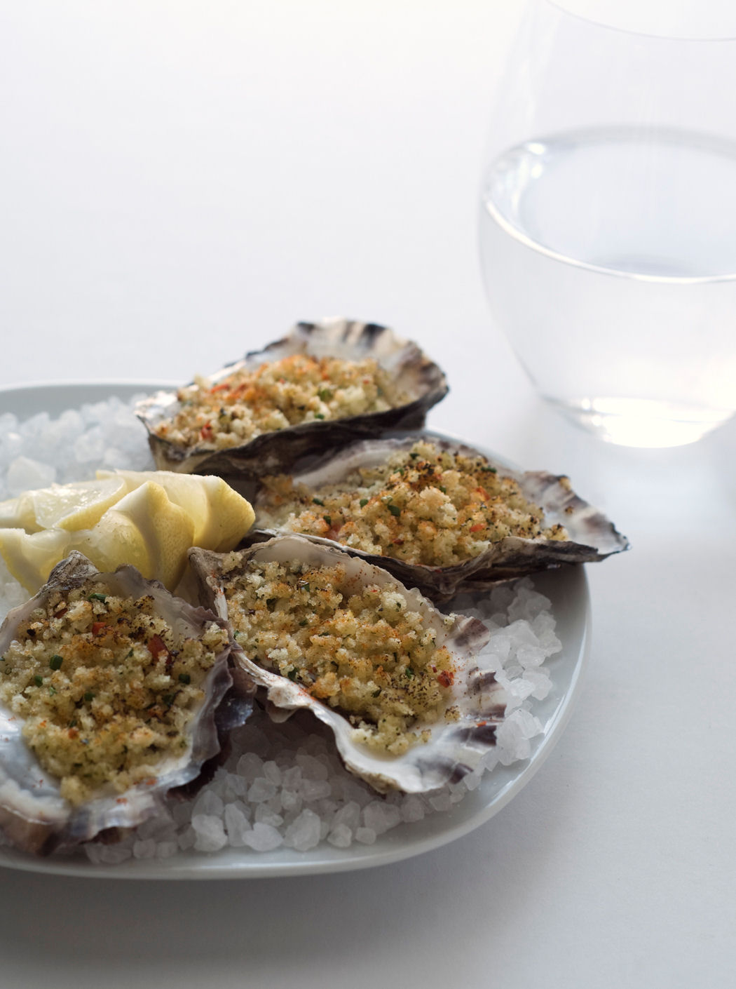 Oysters Baked with Spicy Garlic Bread Crumbs