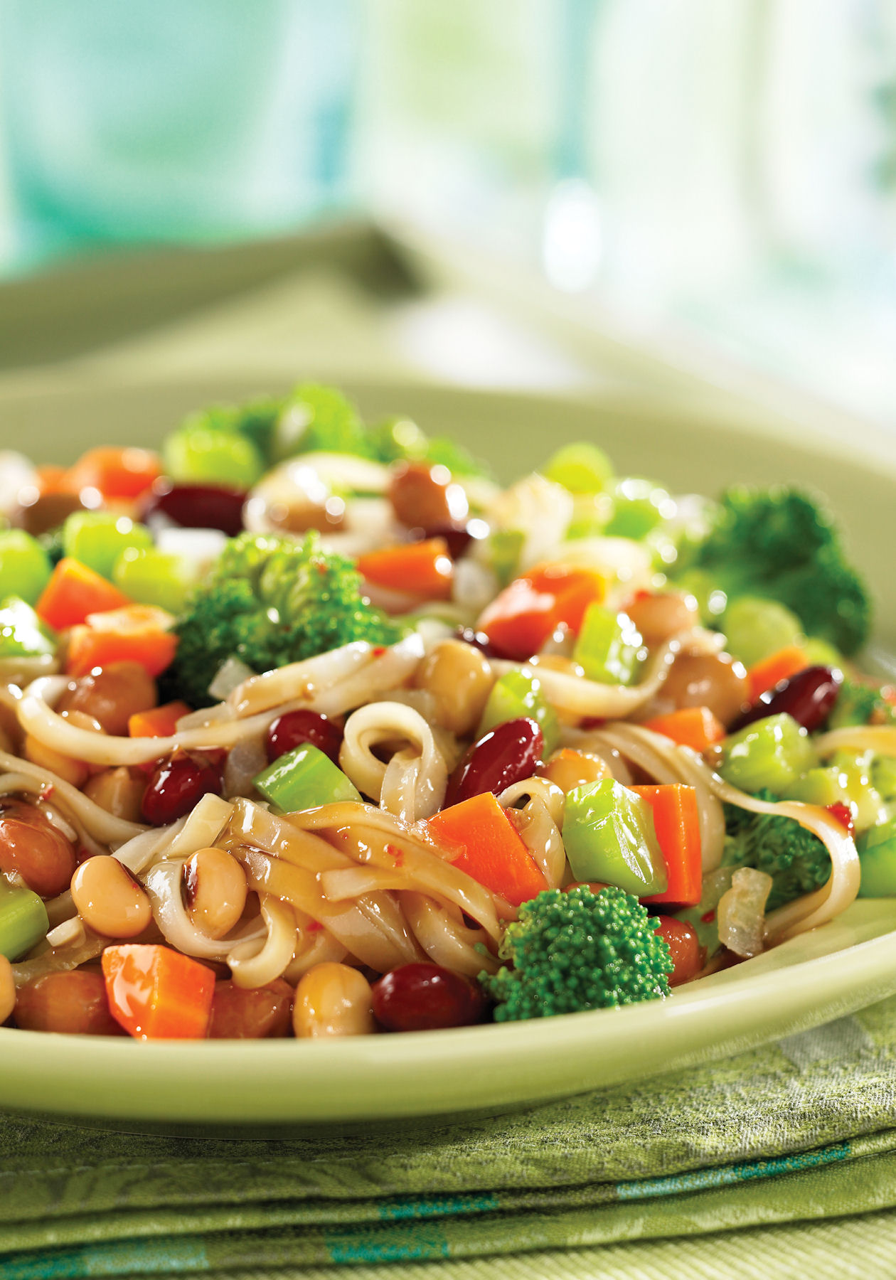 Teriyaki Rice Noodles with Veggies and Beans – Tiny Green Mom