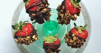 PCB Chocolate Dipped Strawberries 2