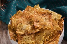 Herbed-Lasagna-Chips-006-1-700x400